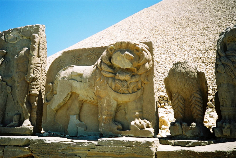 Nemrut Dag – The Mountain of the gods | AncientWorldWonders