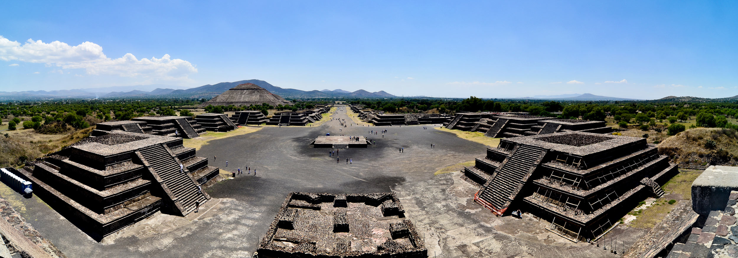 an overview of the pyramid of the sun in mexico The pyramid of the sun was completed circa 200 ad near mexico city in 1971, a large cave underneath the pyramid of the sun was discovered which throws light on, may this is the reason why the why the pyramid was constructed, and perhaps teotihuacan itself was built where it was.