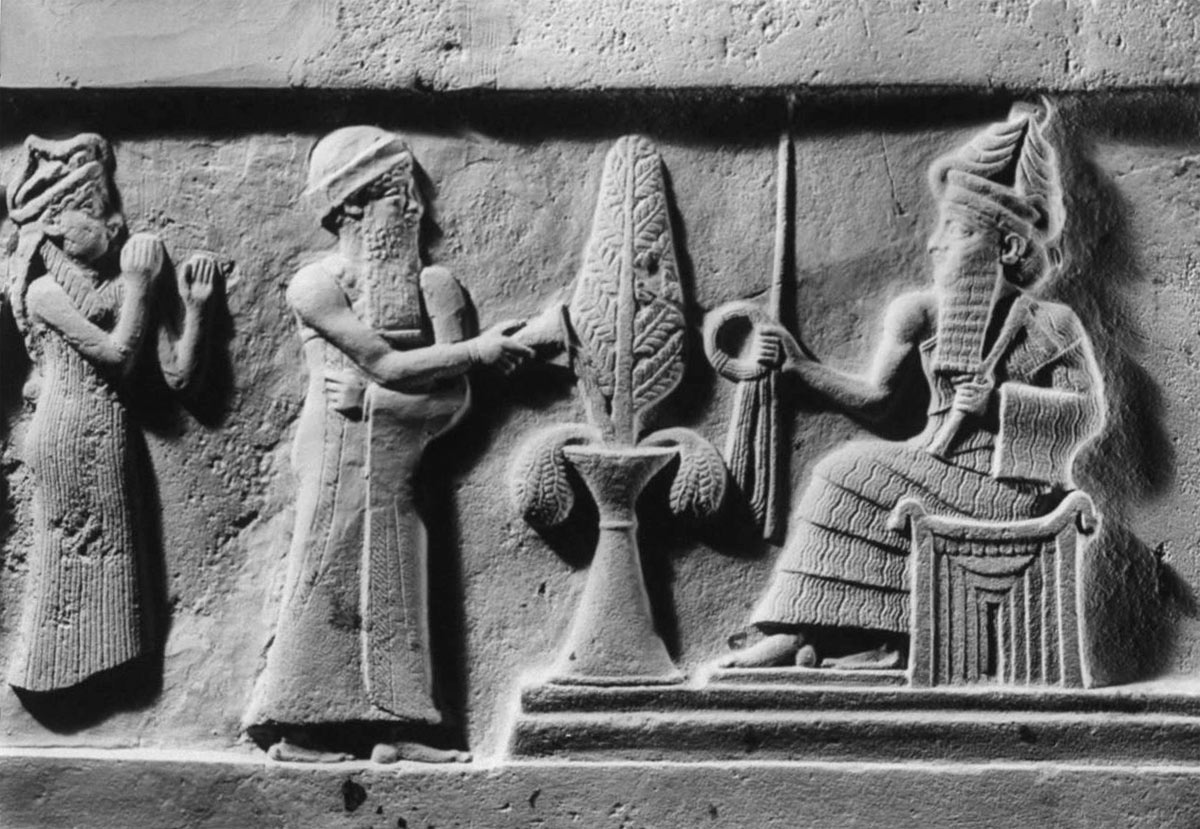 4 Sumerian ancient cuneiform writing