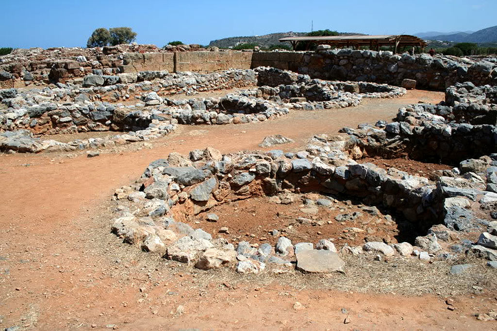 10 Minoan Labyrinth